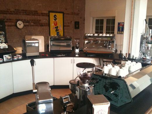 niederlassung d sseldorf auf dem weg zu erfolgreicher kaffeekultur. Black Bedroom Furniture Sets. Home Design Ideas